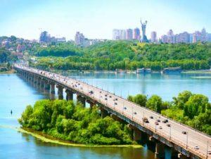 Fluss Dnjepr in Kiew